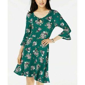 Ultra Flirt  M Or L Green Keyhole Floral Dress